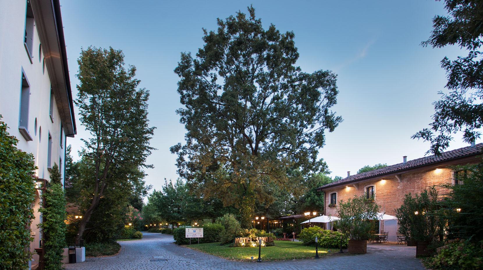 Arredamento Country Bologna.Savoia Hotel Country House Bologna